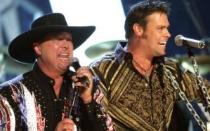"""Montgomery Gentry catches up with Atlanta's WUBL, """"The Bull"""""""