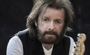 Ronnie Dunn joins Toby Keith's Oklahoma Twister Relief Concert