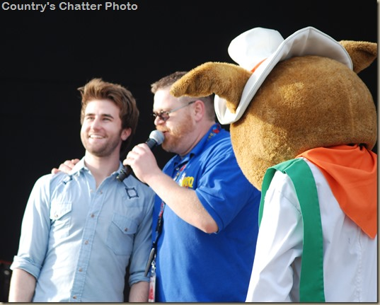 Swon Brothers and Dustin Lynch 045