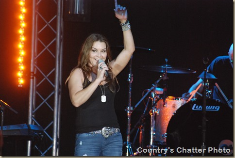 Brinley and Gretchen Wilson 264