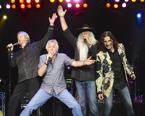 The Oak Ridge Boys will release Boys Night Out, first live album, on April 15, 2014