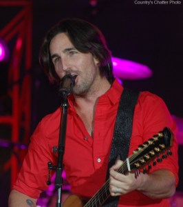 Young fan tells Jake Owen he is her second favorite singer