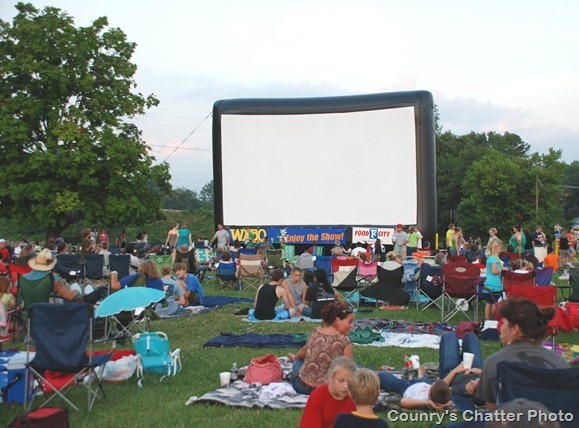 Wxbq Movies In The Park Heading To Steele Creek Park In Bristol In