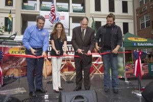 Randy Houser Visits and Performs at New Operation Homefront Village in Maryland