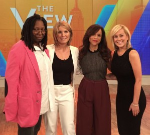 Tune-in Alert:  Kellie Pickler to Guest Co-Host ABC's The View, Friday, Nov. 14, 2014