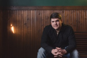 American Idol Season 13 finalist, Dexter Roberts, releases debut single to country radio