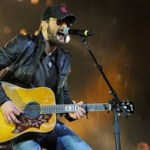 Eric Church Amasses Record Crowd at Allstate Arena