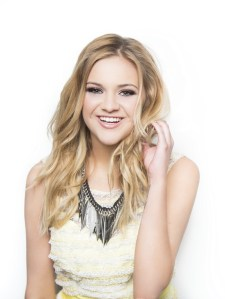 """Kelsea Ballerini tops Country Radio Airplay Charts with debut smash """"Love Me Like You Mean It"""""""