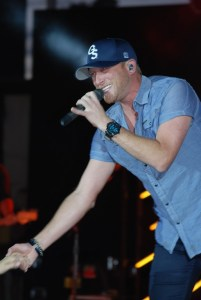 Cole Swindell lights up the stage at the Appalachian Fair