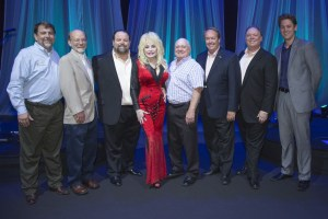 Dolly Parton Raises over $500,000 For The Imagination Library During Four Sold-Out Dollywood Concerts