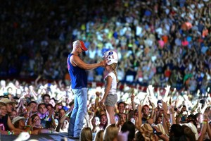 Kenny Chesney Gears Up for 12th/13th Sell Out at Gillette Stadium