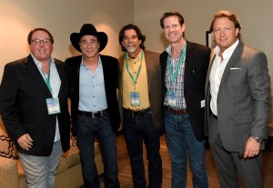 Clint Black receives IBEA Career Achievement Award