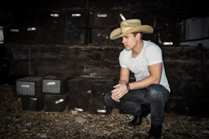 Dustin Lynch melts down country radio with the release of new single