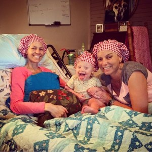 Mail lady brings smiles to Joey Feek and Indiana
