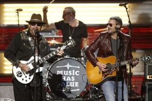 Hank Wiliams Jr. and Eric Church debut new single on CMA awards show