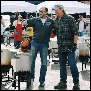 Tracy Lawrence raises $63,000 for Nashville Rescue Mission with Turkey Fry