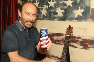 "Lee Greenwood Leads Coca-Cola's ""Share A Coke And A Song"" Campaign Into Memorial Day"