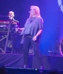Tanya Tucker extends 2016 tour with new summer dates