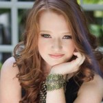 """Liddy Clark releases empowering """"Painted By Numbers"""" video"""
