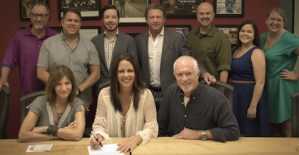 Sara Evans plans album on Sugar Hill Records