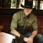 "Trace Adkins ""Lit"" lyric video is live"