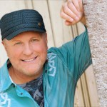 Collin Raye's Rewind Country™ Debuts On Envision Networks®