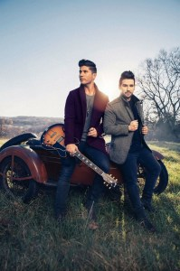 """Dan + Shay Announce Additional 2017 Dates On Their """"OBSESSED TOUR"""""""