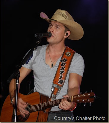Swon Brothers and Dustin Lynch 189