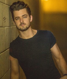 Chase Bryant wraps 2016 with hit single and spot on Brad Paisley's Life Amplified World Tour