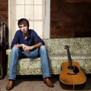 """New Music Video from Mo Pitney – """"Everywhere"""""""
