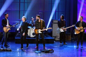"ICYMI: Old Dominion performs ""Song For Another Time"" on ""The Ellen DeGeneres Show"""