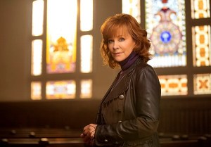 """Watch Reba's new """"Back To God"""" video now!"""