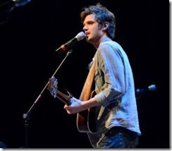 Photo by MiKalla Cotton  Steve Moakler, artist and songwriter from Nashville, Tenn., performs March 7 for an audience in the G.M. Savage Memorial Chapel at the Student Activities Council's annual homecoming concert.