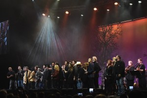 1 Time: A Heroes & Friends Tribute To Randy Travis Sold Out Show Features Garth Brooks, Wynonna, Alabama, Travis Tritt, Tanya Tucker And More