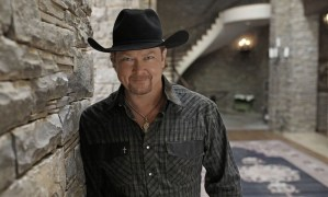 Tracy Lawrence celebrates ACM Radio Awards nomination
