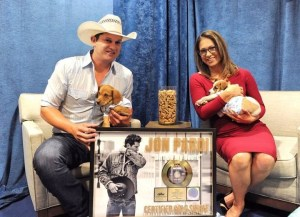 "Jon Pardi Earns GOLD on Three-Week No. 1 ""Dirt On My Boots"""