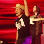 "Dustin Lynch makes buzzworthy ""Small Town Boy"" debut on ABC's Jimmy Kimmel Live!"