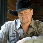 New duets album from Tracy Lawrence to include Aldean, McGraw, Corbin & Young