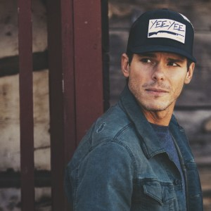 """Granger Smith announces new single, """"Happens Like That"""", available worldwide May 19"""