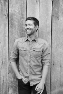 """Josh Turner's """"All About You"""" Impacts Country Radio Today"""