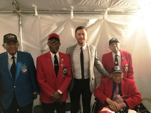 """Scotty McCreery Delivers Powerful Performance at """"National Memorial Day Concert"""" on PBS"""