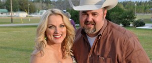 "Rhonda Vincent Teams Up With Daryle Singletary On Upcoming Duets Album ""American Grandstand"" Set for Release July 7"