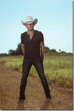 Justin Moore 120915
