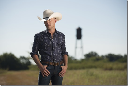 Justin Moore 6816