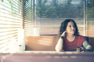 "Ashley McBryde's ""A Little Dive Bar In Dahlonega"" Music Video Premiered on CMT/CMT.com"