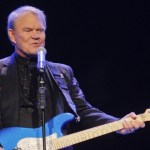 Glen Campbell dies at age 81