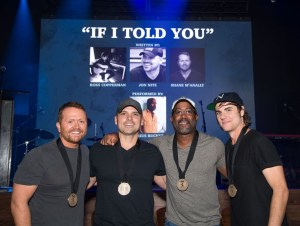"""Darius Rucker Celebrates Eighth No. 1 """"If I Told You"""" + Previews New Music"""