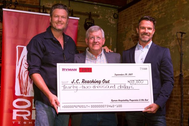 Blake Shelton and Ryman Hospitality Properties Celebrate Ole Red