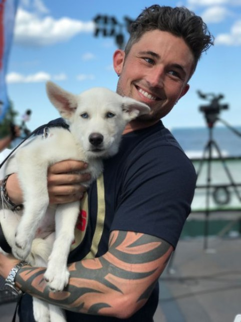 Michael Ray adopted dog Wrigley  Credit: Courtesy PAWS Chicago