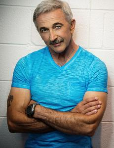 Aaron Tippin announced as headliner for 2018 Racks by the Tracks in Kingsport, Tenn.